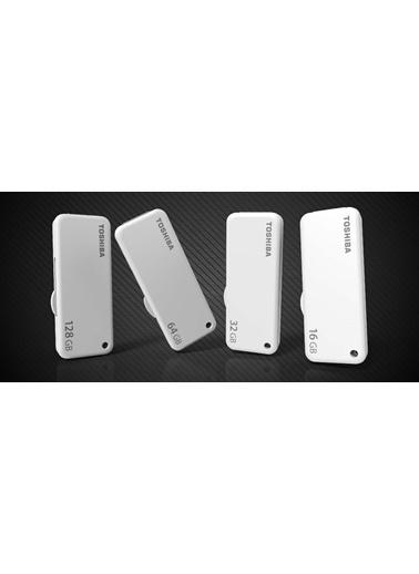 Toshiba 64Gb Usb 2.0 Beyaz (Yamabıko) Renkli